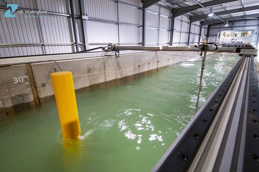 وسيسهل مشروع PROTEUS إجراء سلسلة من التجارب واسعة النطاق على مدى فترة سبعة أسابيع في برنامج FFF Flume في مرافق وضع النماذج الفيزيائية لشركة HR Wallingford في المملكة المتحدة. (الصورة: HR Wallingford)