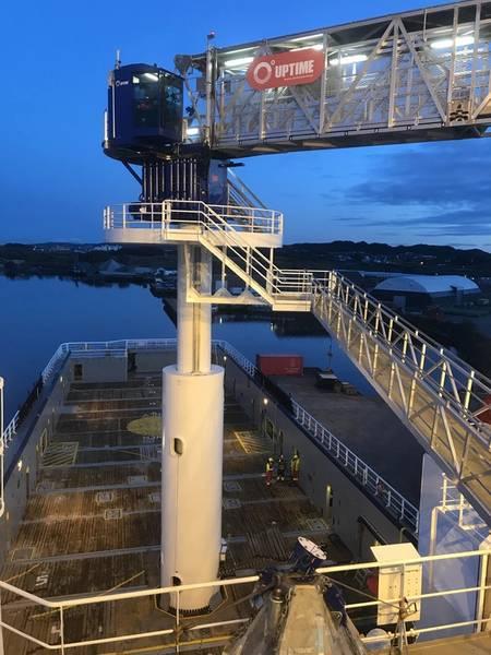 """DESPUÉS: Island Clipper: Island Offshore de Ulsteinvik, Noruega, ha tenido éxito con las conversiones. """"antes y después de"""". Fotos: Isla en alta mar"""