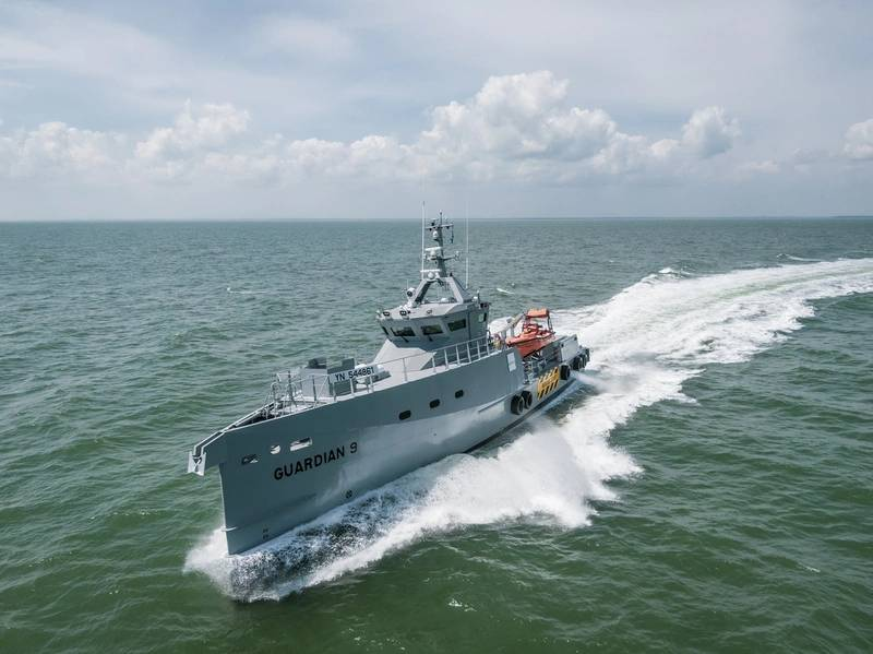 Damen lieferte kürzlich ein Paar hochmoderner Patrouillenschiffe des Typs FCS 3307 aus, die von Homeland Integrated Offshore Services (Homeland IOS Ltd.) in Nigeria betrieben werden. Foto: Damen