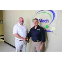 EnerMech president Americas, Vince Kouns, (left) with Hydratron commercial director Findlay Beveridge (Photo: EnerMech)