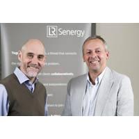 James McCallum, chief executive officer, of LR Senergy (left) and Richard Sadler, chief executive officer, of Lloyd's Register Group (Credit: LR Senergy)