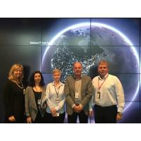 Signing of agreement between GAC EnvironHull and Statoil at Statoil's Headquarter in Stavanger, Norway. From left to right: Åshild Eltervåg, Nadia Nikmanesh, Elin Haave, Karl Ingvar Jorgensen and Robert Anderson. (Photo: Simon Doran)