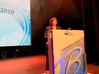 "Director Bente Nyland presents the report ""Petroleum Activity in the High North"" in Hammerfest. Photo: NPD"