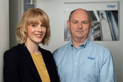 Dräger UK Managing Director Mike Norris (right) welcomes Kelly Murray at the company's Aberdeen base (Photo:BIG Partnership)