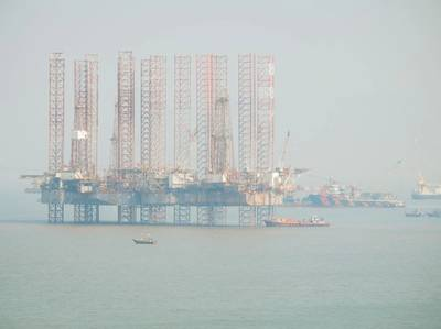 Illustration; Offshore rigs in India - Image by Jevgenijs/AdobeStock