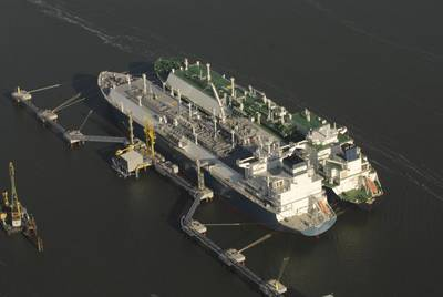 (Photo: Hoegh LNG)