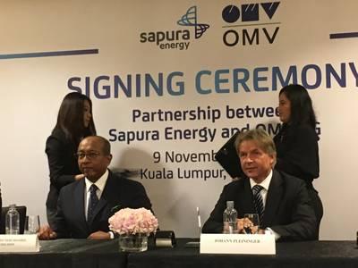 Sapura Energy's Tan Sri Shahril and OMV's Johann Pleininger at the November 2019 signing ceremony (Photo: OMV)