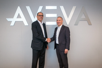 Worley CEO, Andrew Wood (left), and AVEVA CEO, Craig Hayman (right) announce partnership to build upon AVEVA Enterprise Resource Management software and deliver the first cloud-based solution optimized for the EPC market. (Photo: AVEVA)