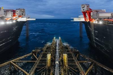 سفينة رائدة pipelaying السفينة. الصورة: مديرية المعلومات ، جازبروم