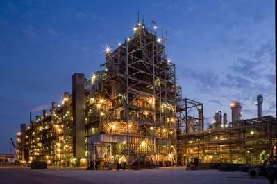 LyondellBasell está entre os maiores produtores mundiais de óxido de etileno e propileno. O complexo Channelview é uma das maiores instalações petroquímicas ao longo da Costa do Golfo dos EUA, cobrindo uma área de quase 3.900 acres. CRÉDITO: LyondellBasell