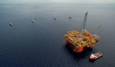 A central de processamento do projeto Ichthys LNG - Ichthys Explorer - chega às águas australianas em maio de 2017 (foto do arquivo: Inpex)