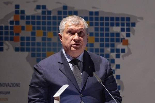 Ο διευθύνων σύμβουλος της Rosneft, Ιγκόρ Σεχίν, κριτικός του ΟΠΕΚ και μακρόχρονος σύμμαχος του Προέδρου Βλαντιμίρ Πούτιν (Αρχείο Φωτογραφίας: Rosneft)