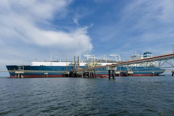 (文件图片:Hoegh LNG)