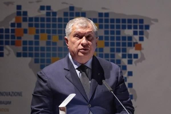OPECの批評家であり、ウラジミールプーチン大統領の長年の同盟国であるイーゴール・セチン(Rosneft)のチーフエグゼクティブ(ファイル写真:Rosneft)は、