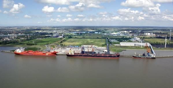 Editorial: Puerto de Hamburgo