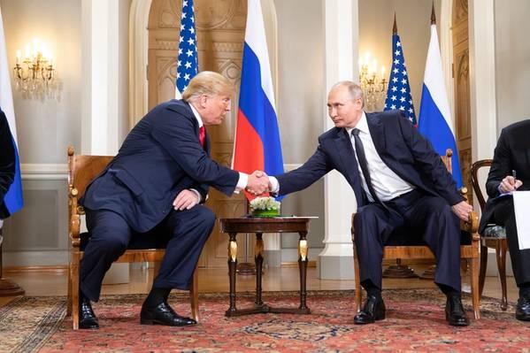 Foto de arquivo: Donald Trump e Vladimir Putin em julho de 2018 (Foto oficial da Casa Branca por Shealah Craighead)