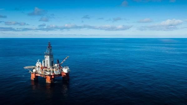 A plataforma de perfuração West Hercules no Mar de Barents. (Foto: Ole Jørgen Bratland / Equinor)