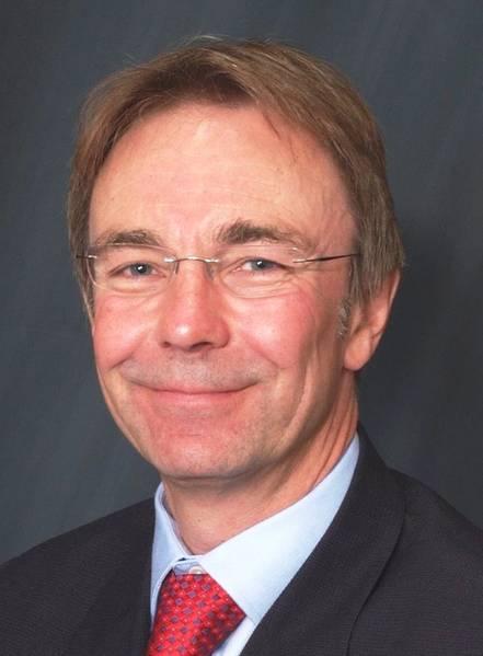 David Ballands é o diretor regional do Grupo LOC para as Américas, cobrindo os escritórios da LOC no Canadá, EUA, México e Brasil. David é um dos engenheiros civis mais experientes do COL, especializado no transporte e instalação de estruturas offshore e na investigação de danos em objetos fixos.