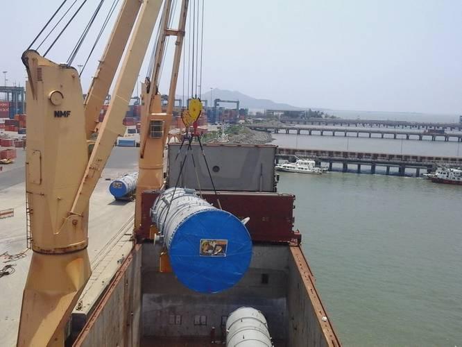 Over Dimensional Cargo loading in progressded on 'Allcargo Susheela'