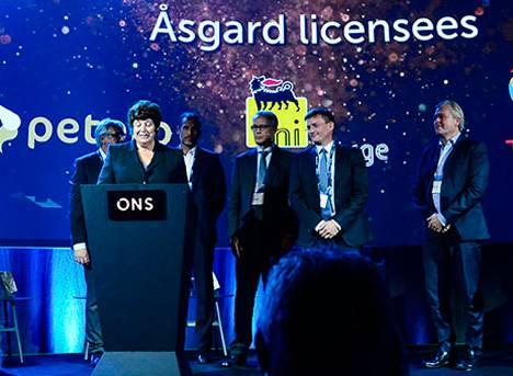 Director General of the Norwegian Petroleum Directorate awarded the IOR prize (Photo: Ole Jørgen Bratland/Statoil)
