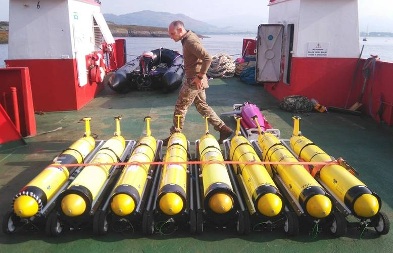 Submarine gliders on the launch vessel at SAMS prior to deployment (Photo: NOC)